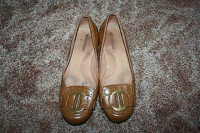 ~~~~Naturalizer~~~~~Womens Brown Flats      Size 8 M