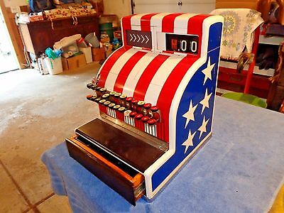 Vintage 1941 Red/white/blue Patriotic National Cash Register 125 (2)X With Key