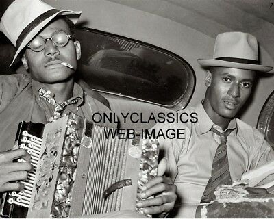 1938 Cool Negro Musicians In Back Of Car With Instruments Photo Black Americana
