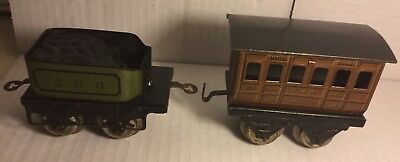 RARE VINTAGE 1922 HORNBY O GAUGE HORNBY GNR SMALL TENDER and CARRIAGE