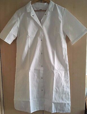 Job Lot,6 X Ladies Short Sleeved White Lab Coats, Medical, Pharmacy, Catering.