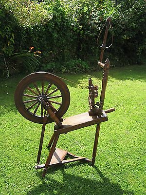 Superb Dark Oak Old Antique Traditional Style Saving Spinning Wheel-Working