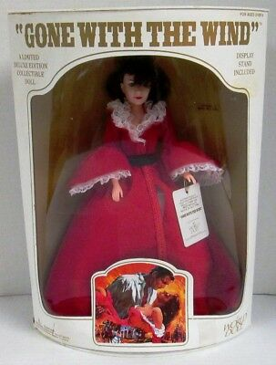 Gone With The Wind: Scarlett Doll Red Dressing Gown (Limited Deluxe Edition)