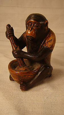 Small Carved Wood JAPANESE Netsuke of Monkey
