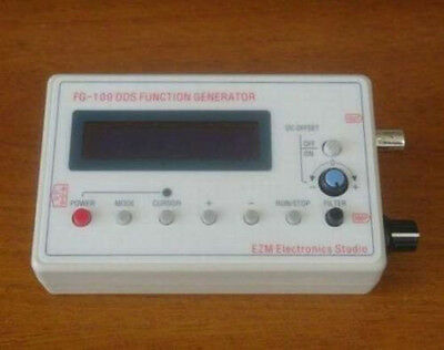 White Triangle Wave 1HZ-500MHZ DDS Function Signal Generator Case Output Tool US