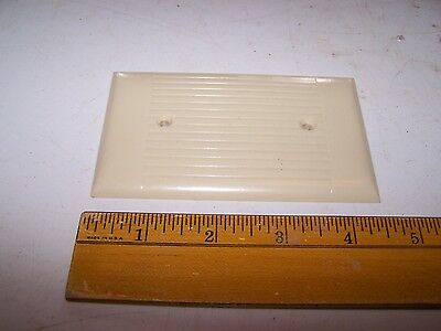 Vintage Bakelite Ribbed / Lined Solid - Switch Outlet Box Receptacle Cover Ivory