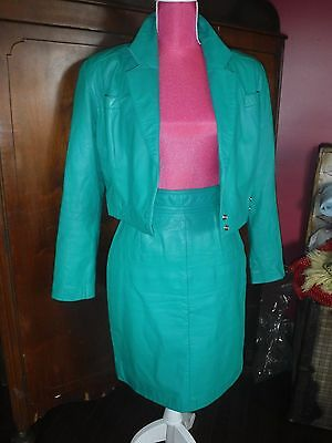 ViNtAgE 1980s DESIGNER GREEN LEATHER CROPPED JACKET AND PENCIL SKIRT Suit