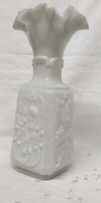 BEAU VASE OPALINE Antique French Opaline  Fauns and Roses, Signé  PORTIEUX