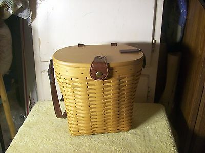 2001 Attached Longaberger Woodcraftes Lid with Leather Hinges Basket