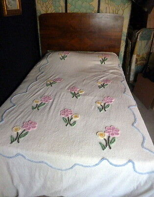 VINTAGE FLORAL CHENILLE BEDSPREAD Flower Boques Pink White FULL/QUEEN