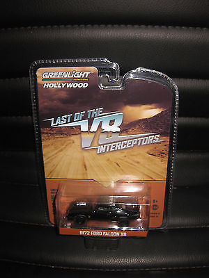 1/64 GREENLIGHT Mad Mad V8 Interceptor 1972 Ford Falcon XB MOVIE CAR