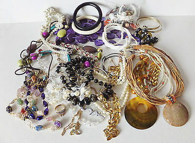1Kg Assorted Good Quality & Wearable Costume Jewellery