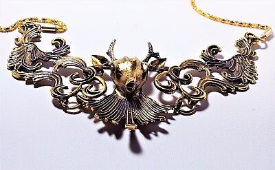 Beautiful Gold Tone Deer Head Necklace & Gold Tone Chain Magnetic Clasp