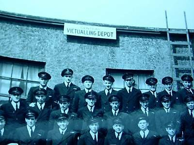 WWII WW2 B&W Photo Navy Victualling Depot Staff In Uniforms Sign In Picture