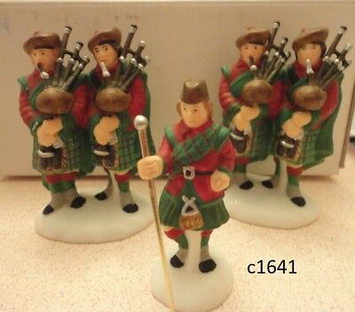 Dept 56 Twelve12 Days of Christmas Dickens Village TEN PIPERS PIPING