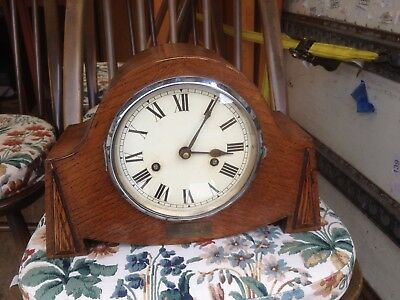 Vintage Art Deco 1930s Striking Mantel Clock in good working condition and tidy