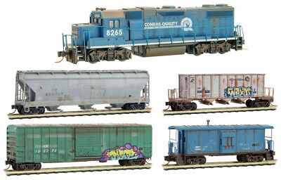 Micro-Trains MTL N-Scale Weathered/Graffiti Conrail Train Set (Walthers GP38-2)