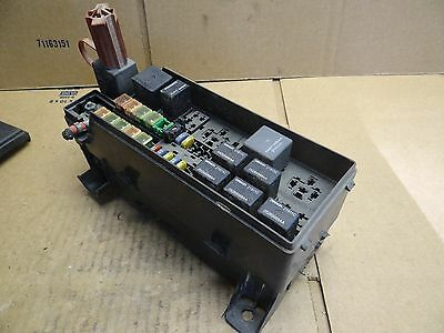 chrysler pt cruiser fuse box relay block 03 04 05 2003 2004 2005 panel  72544996