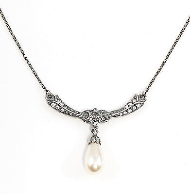 Art Nouveau Necklace with Pearl and Swarovski Stones 9901678