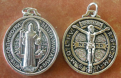 """UNUSUAL Large Round Saint St. Benedict Medal with Corpus on back + 1-1/4"""" +"""
