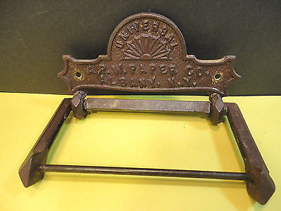 Antique UNIVERSAL A.P.W. Paper Co. Albany, NY Cast Iron Toilet Paper Holder