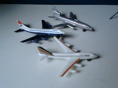 3 Die-Cast Matchbox and Other Brand Passenger Airliners - British Airways/Americ