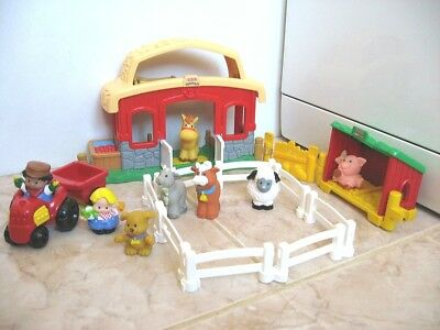 Little People Fisher Price Ferme Sonore Avec 6 Animaux Et 2 Personnages