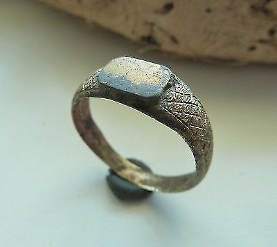 Post-medieval bronze ring (386).