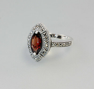 925er Silver Garnet-Ring with Marcasites Big 56 New 9903034