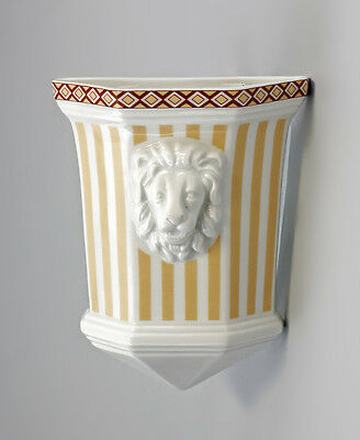 Porcelain Wall mounted vase Lion's head light brown Stripes Kämmer Thuringia