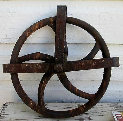 Vintage 10-3/4 Inch Cast Iron Well Wheel Pulley  Barn  Rustic Primive