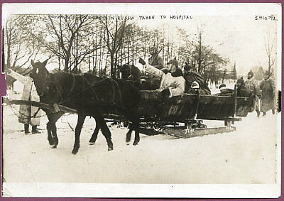 1915 German Wounded on Sled on Russian Front 5x7 Original News Photo