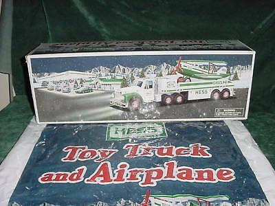 2002 Hess Truck & Airplane Xmas Christmas  Holiday  Gift Mint In Box Toys 02