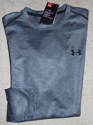 ~NWT Men's UNDER ARMOUR Long Sleeve Shirt! Size Small Loose Fit Nice!