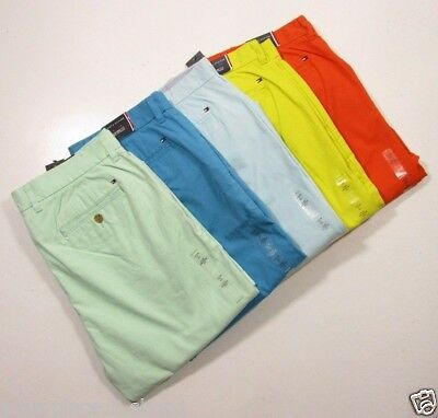 Tommy Hilfiger Men's Custom Fit Light Weight Chino