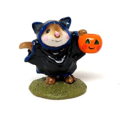 RETIRED WEE FOREST FOLK 1987 M-154 Bat Mouse Mint In Original Box