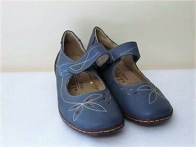 Smart Comfortable Mary Jane Style Blue Shoes Riversoft Fits Size 40 Or 8.5