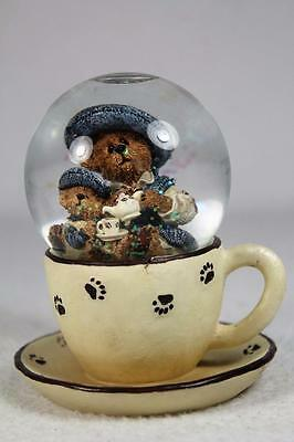 Boyds 'Catherine & Caitlin Berriweather..Fine Cup Of Tea' Snow Globe #02000-80