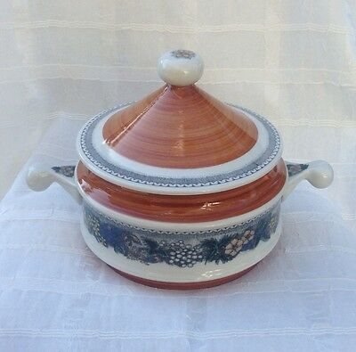 GOEBEL Germany BURGUND Pattern 2 Quart COVERED CASSEROLE DISH