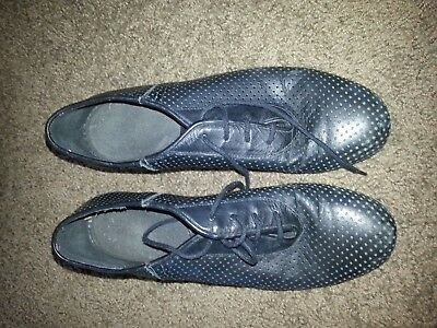 Used Women's Ballroom dance practice shoes and shoe bag size 7 1/2