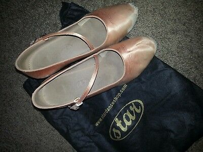 Used Womens ballroom dance standard shoes with heel guards & shoe bag size 7 1/2