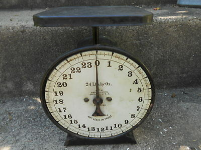 Vintage Hanson Bros. 24 lb Family Scale Antique Chicago IL USA Rustic Used Works