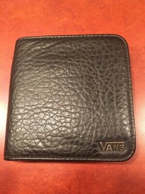 Vans  bi-fold Wallet Black Faux Leather Zip Around EXCELLENT