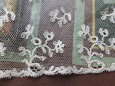 2 lengths & fragment antique Lille type lace Regency - early Victorian Hand made