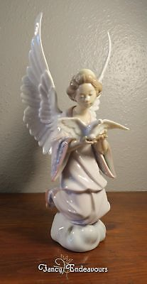 Large Lladro #6131 Angel of Peace Figurine Wing Spread Dove