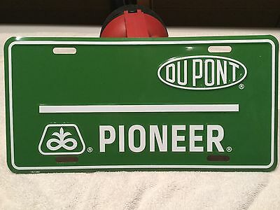 Pioneer Seed Corn GREEN License plate New Dupont  LAST ONE