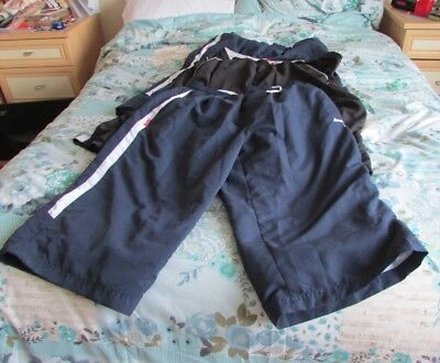 bundle of mens 3/4 length trousers by slazengers size 3xl bought from sports dir