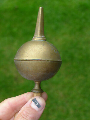O) GOOD SINGLE HEAVY ANTIQUE CAST BRASS SPIRE BALL LONGCASE CLOCK FINIAL/finnial
