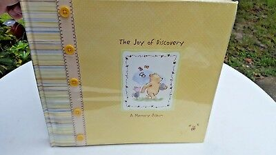 Winnie the Pooh C.R. Gibson The Joy of Discovery Memory Album