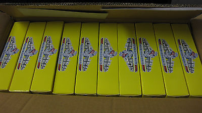 10x PACKETS OF SET OF 4 VINTAGE VIXENS + DOG FIGURINES DIORAMA DISPLAY 1/24 #861
